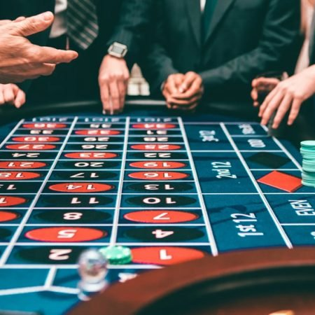 10 Tips to Beat the Odds at the Online Casino